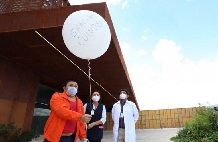 Liberan un globo por cada alta de coronavirus