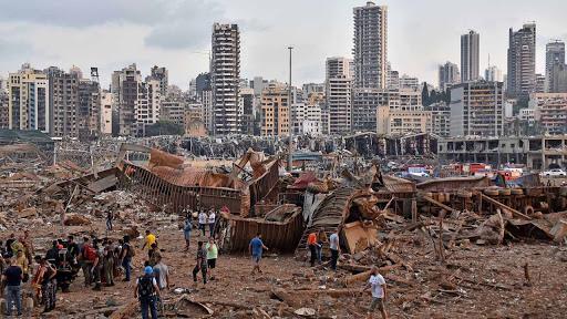 Señales de vida bajo los escombros a un mes de la explosión en Beirut