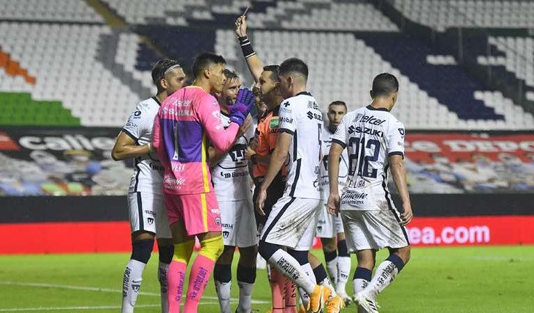 """Talavera tenía añejo """"pique"""" con el árbitro César Ramos"""