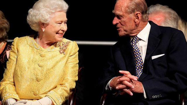 Murió el príncipe Felipe a los 99 años de edad, esposo de la Reina Isabel II