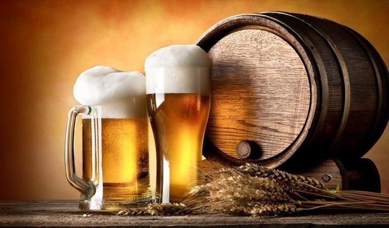 Muere hombre en su cumpleaños al explotar el barril de cerveza que alquiló