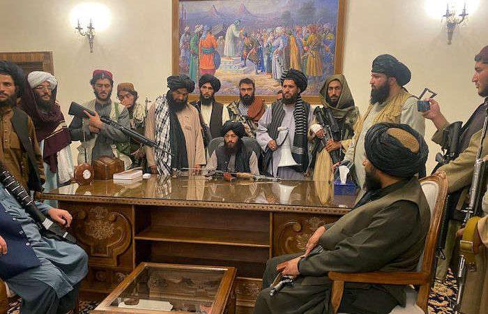 Volverán amputaciones y ejecuciones como castigos en el régimen Talibán